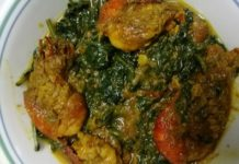 Spinach prawn curry