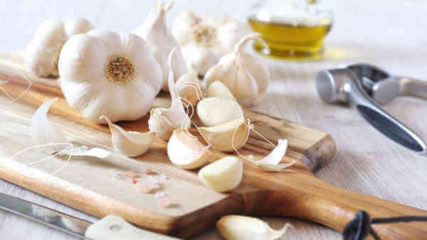 Health Benefits of Eating Garlic